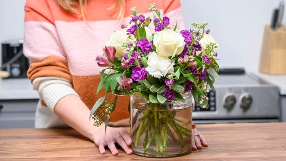 Choose local florists over gift boxes at this flower delivery service.