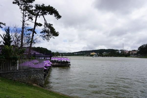 Xuan Huong Lake.