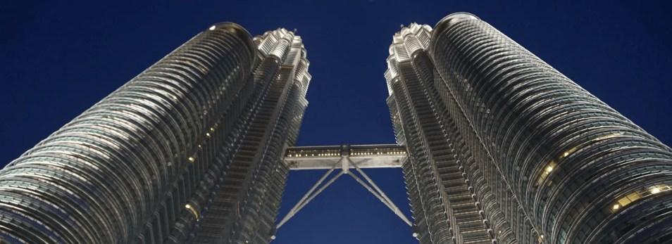 Kết quả hình ảnh cho twin tower