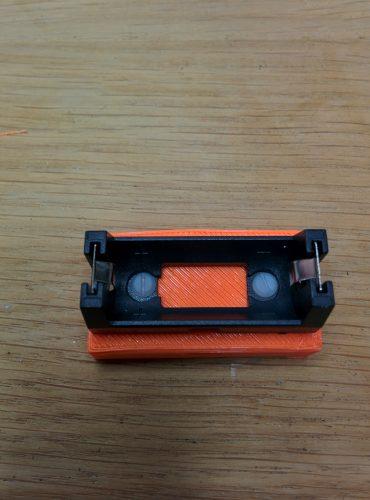 boitier_chargeur_USB_vis_nylon