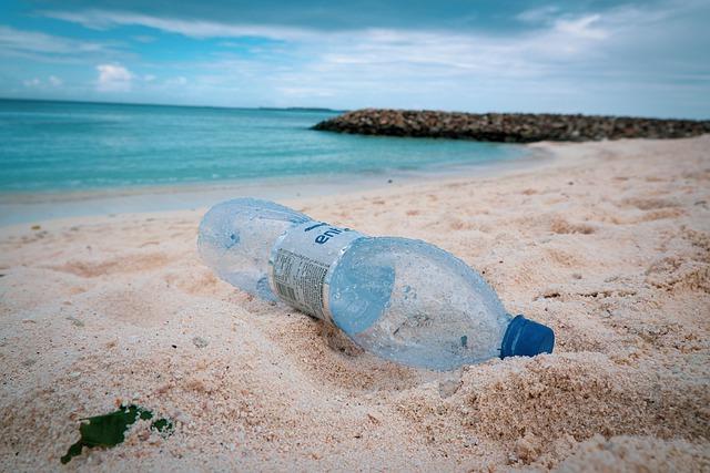 Pollution plastique à la plage
