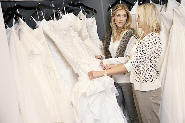 Internet Roundup: Wedding Dress Shopping Edition!