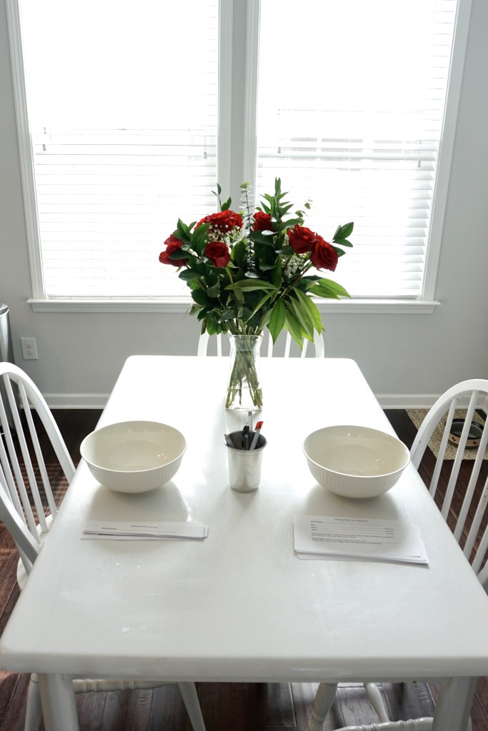 Kentucky Derby Party Decor - Red Roses | Fairly Southern