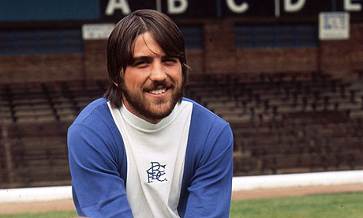 bobby-latchford-im-trikot-der-blues.jpg?fit=1200%2C720&ssl=1