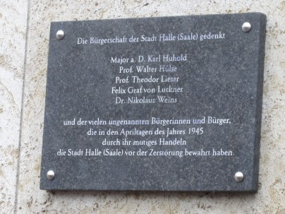 A plaque honoring Count Von Luckner and others for their work in 1945.
