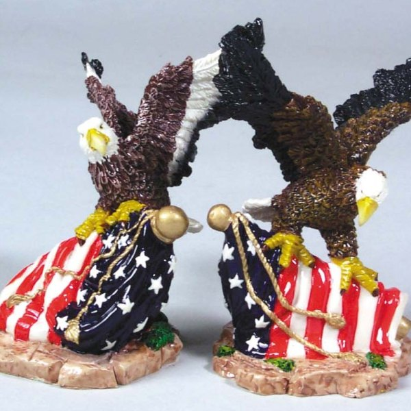 """2 Assorted 4"""" Polyresin Eagles on U.S. Flags    3-51396"""