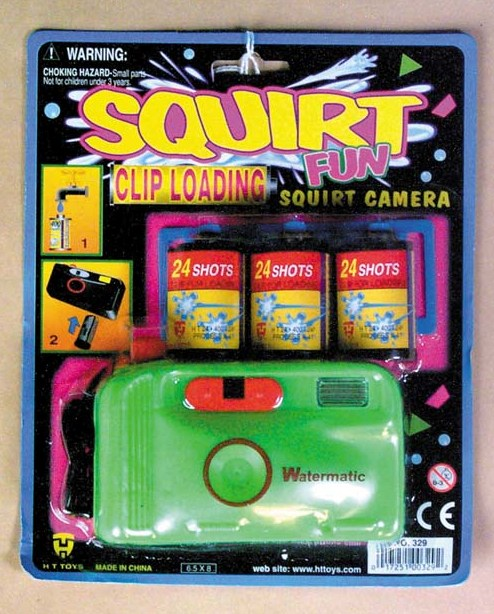 Trick Squirt Camera   7-329