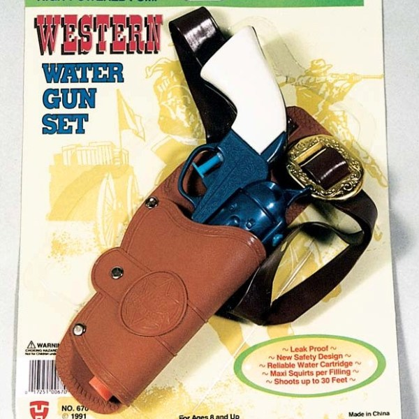 Western Water Gun with Holster   7-670
