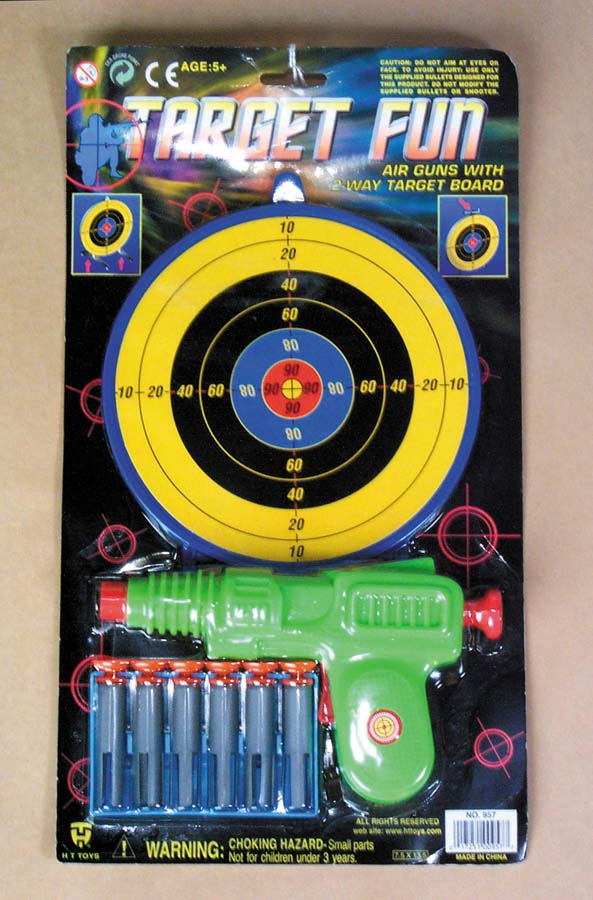 Air Gun with 6 Darts and Target   7-957