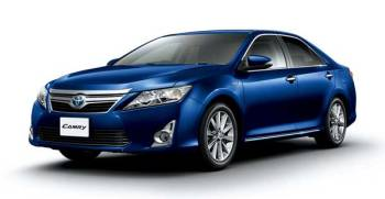 Toyota Camry Hybrid SE 2017 price and specification