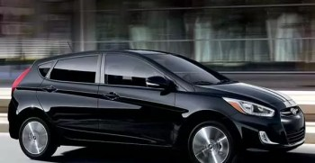 Hyundai Accent SE Hatchback 2017 price and specification in pakistan