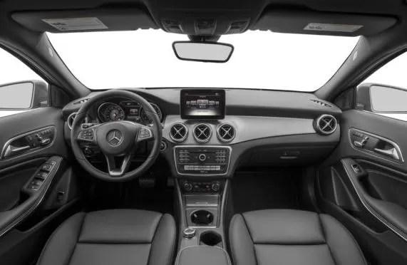 Mercedes AMG GLA45 2018 Steering And Transmission