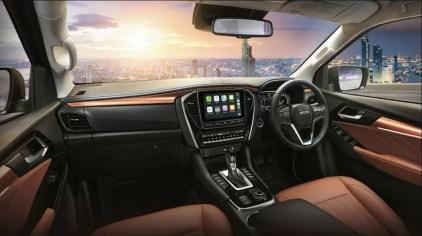 2nd generation Isuzu Mux suv front cabin interior view