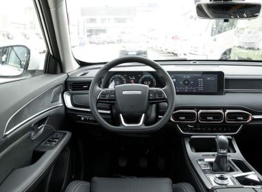 2nd Generation Jetour X70 Plus steering wheel and infotainment screen view