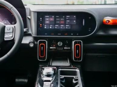 1st generation Haval Big Dog SUV infotainment screen view