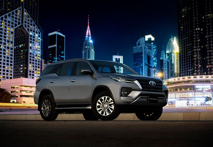 2nd generation facelifted toyota fortuner suv beautiful view