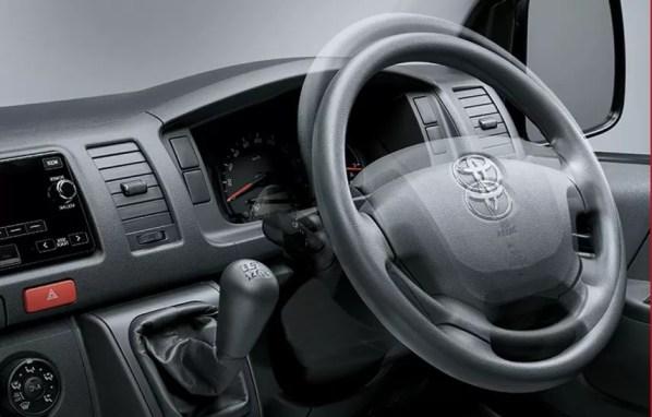 6th generation Toyota hiace van adjustable steering wheel