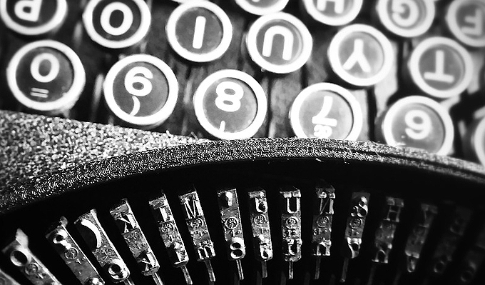 typewriter keys used for content writing