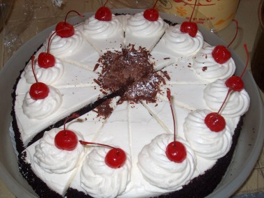 Black_Forest_Cake_by_scaloy