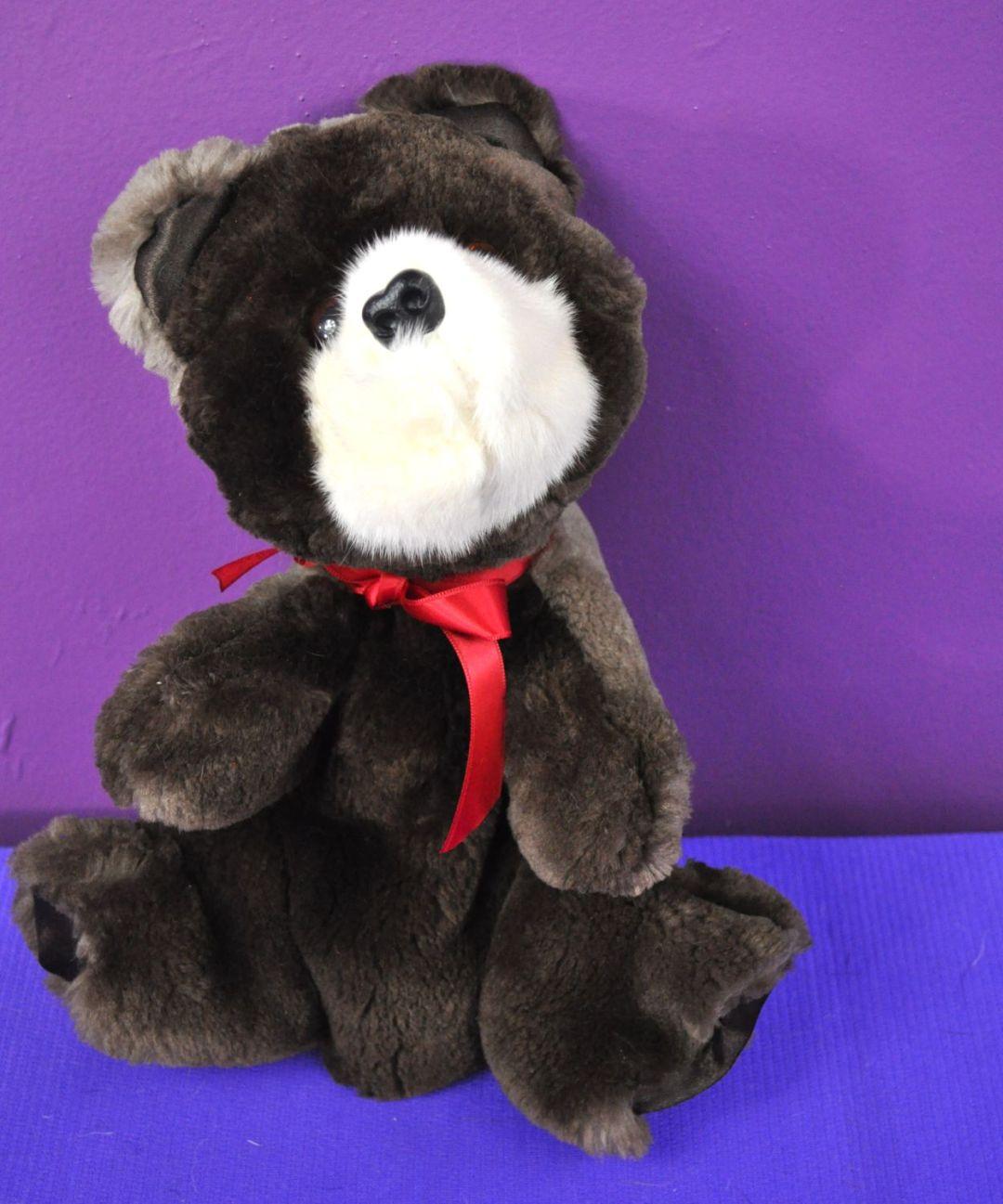 Colton Bear Puppet02