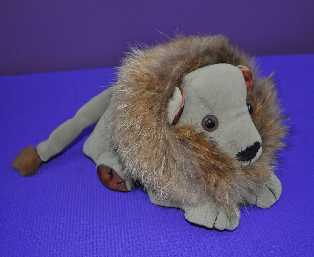 Lion 01c