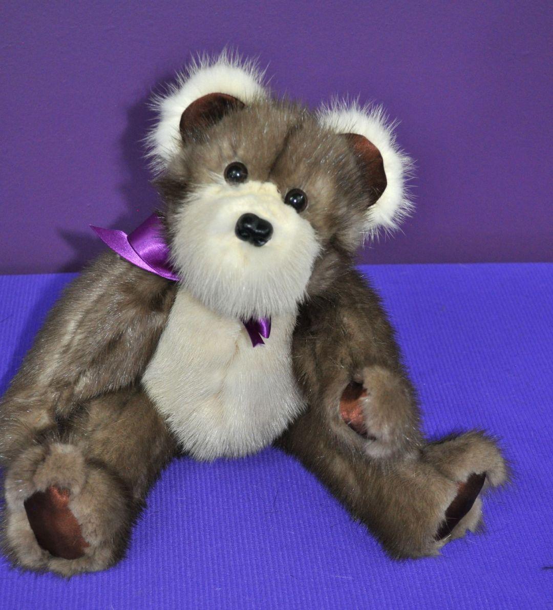 Carrie Mink bear 01