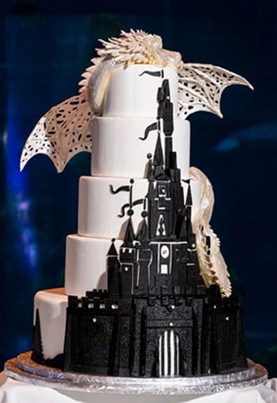 sleeping-beauty-wedding-cake