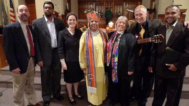group photo of Christian, Muslim, and Jewish clergy