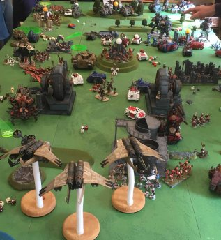 Flyers move to hover and tear into Khorne's finest