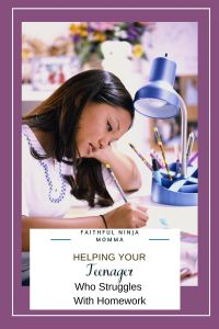 Help Your Teenager Who is Struggling in School