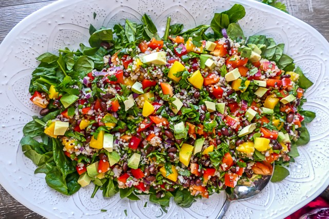 Mango Quinoa Salad with Honey-Lime Dressing • Faithful Plateful