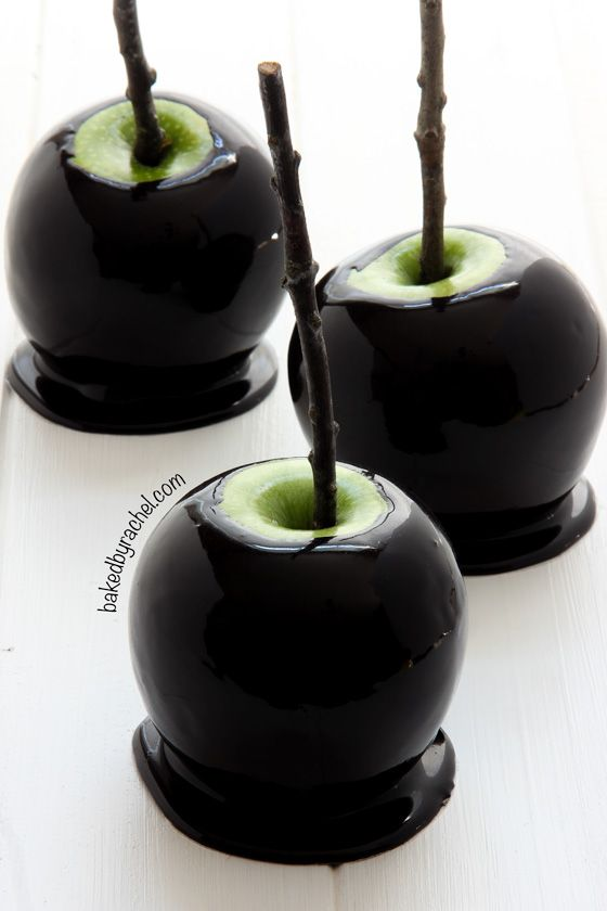 Spooky Black Caramel Apples | Faith, Hope, Love, and Luck Survive Despite a Whiskered Accomplice