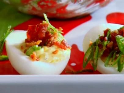 Holiday Horseradish Deviled Eggs | Faith, Hope, Love, and Luck Survive Despite a Whiskered Accomplice