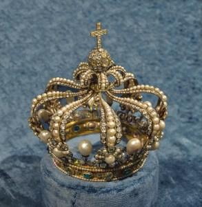 crown-759297_640
