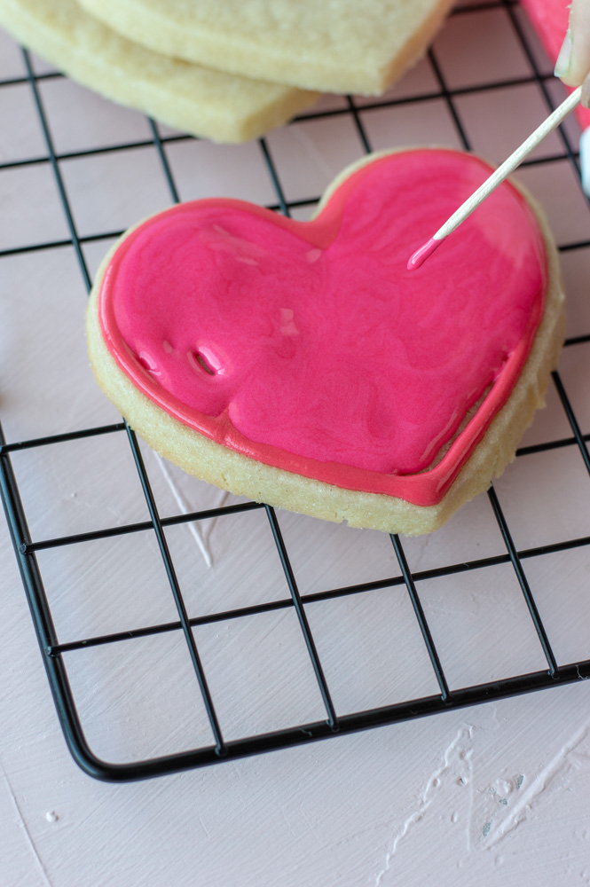 flooding heart sugar cookie
