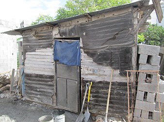 A house in Mexico pieced together with scrap wood