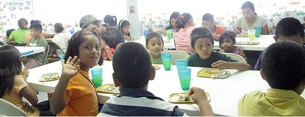 Kids enjoying a hearty meal at the nutrition program in Reynosa