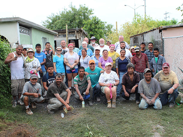 Two teams after pouring a roof in Reynosa