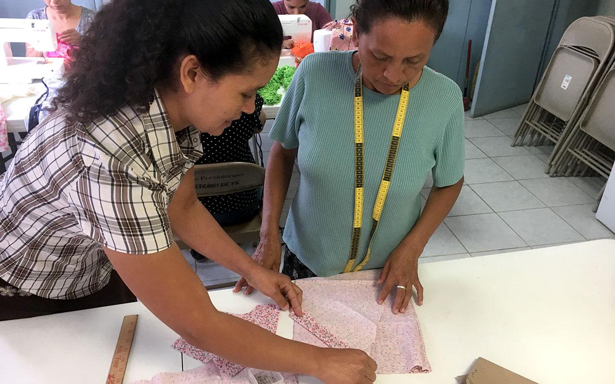 Oralia teaching sewing in Reynosa