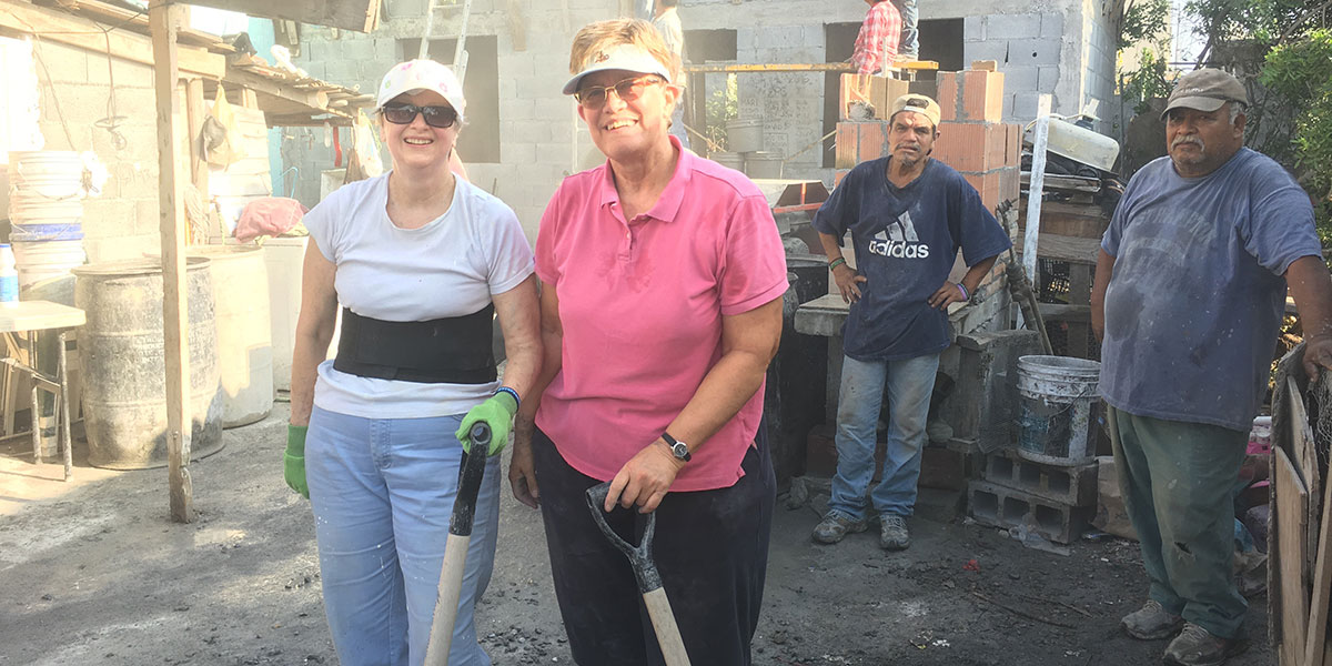 A team from Pennsylvania working hard in Reynosa