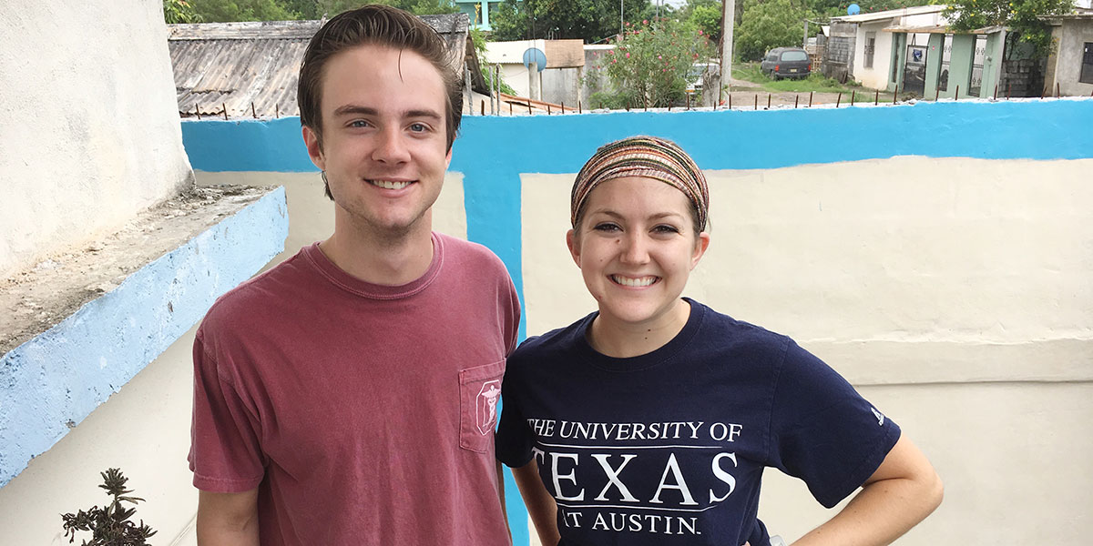 Our interns Taylor and Gracie in Reynosa