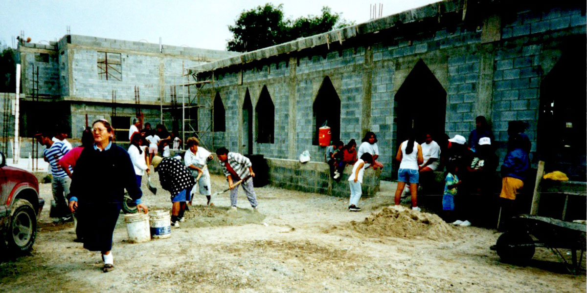 The church complex in Reynosa under construction in 1998