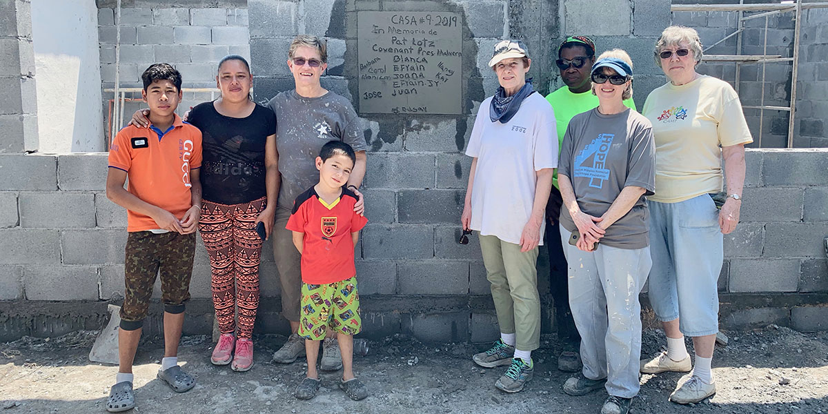 A team from Pennsylvania with the family they built a house for in Reynosa