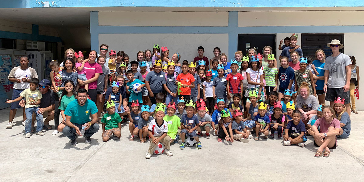 Kids at VBS with the team from Alabama together in Reynosa Mexico