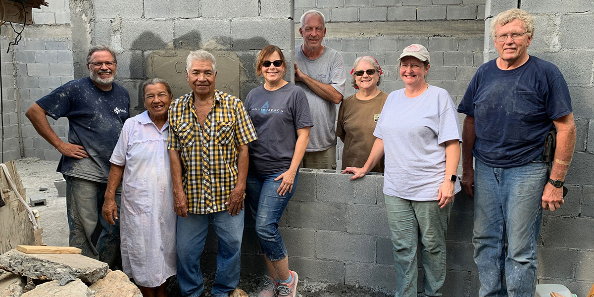 A team from North Carolina with the family they helped build a house for in Reynosa Mexico
