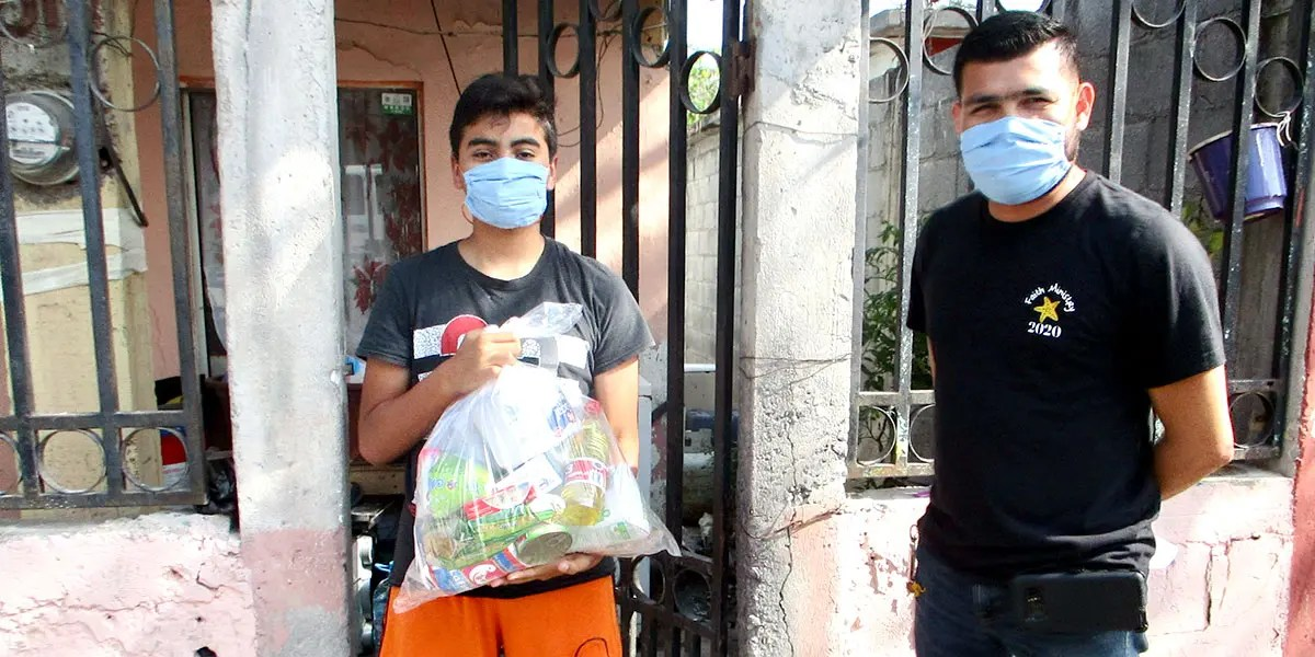 Delivering grocery packages and masks to families in need in Reynosa