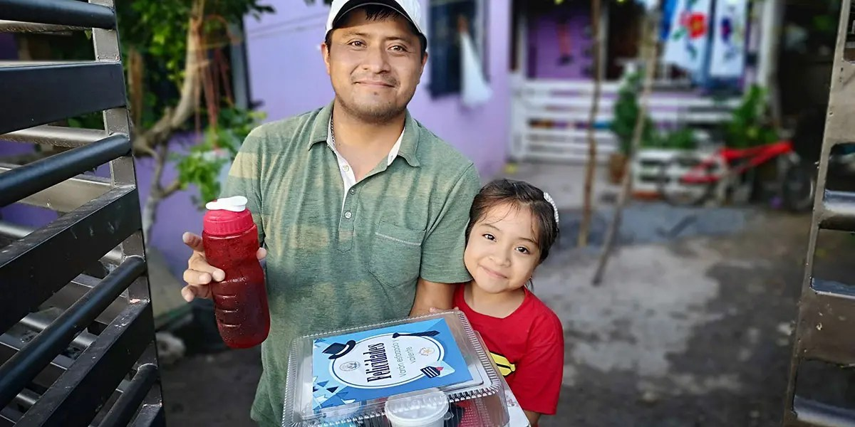 Delivering Fathers Day gifts to dads in Reynosa