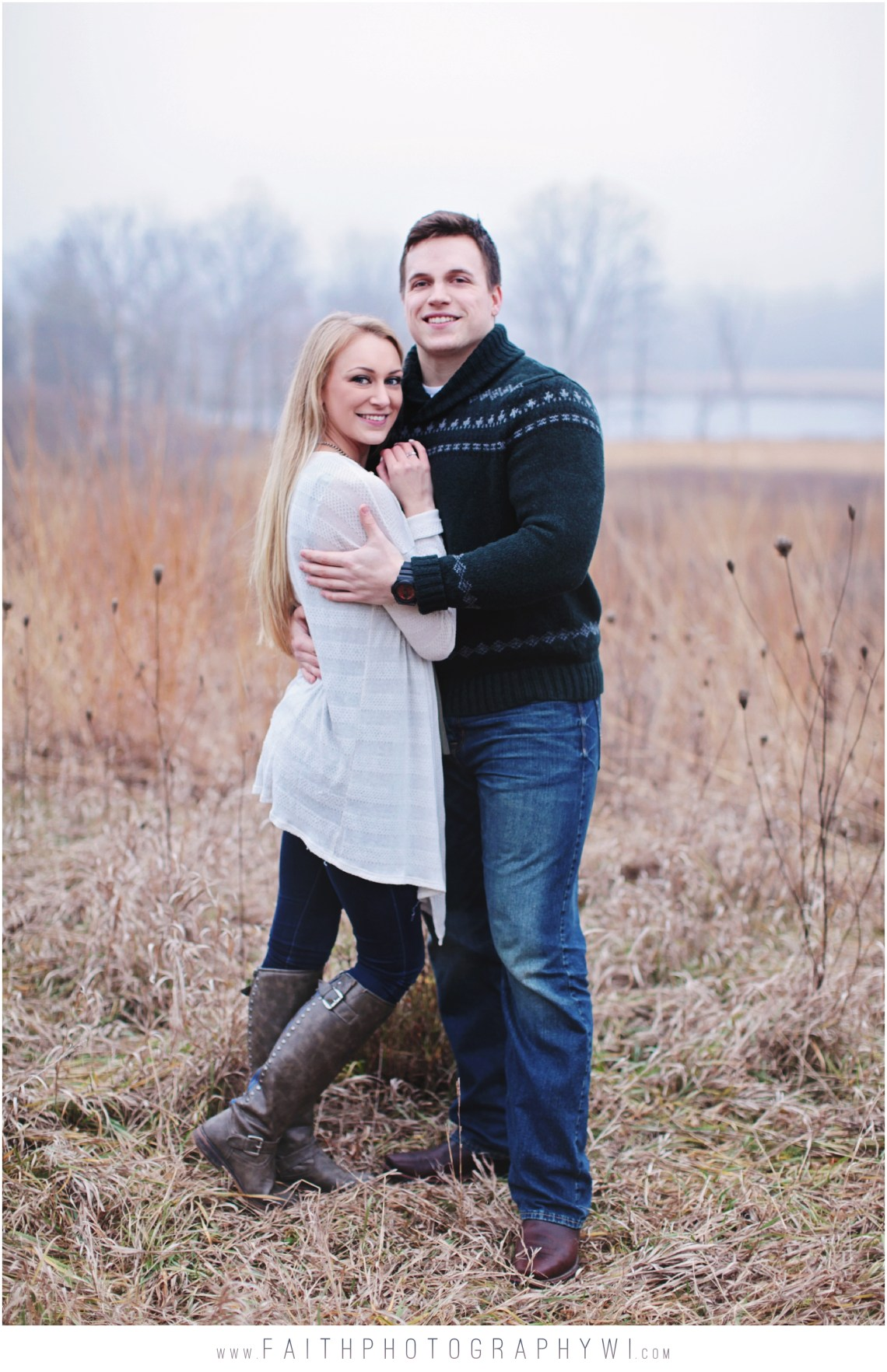 Engagement-Pictures-Oconomowoc-Wi_0010