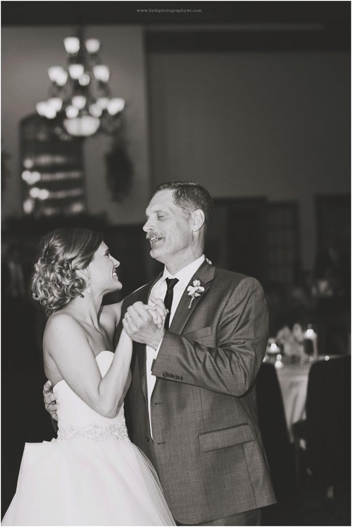wedding-photographers-waukesha-wi_0092
