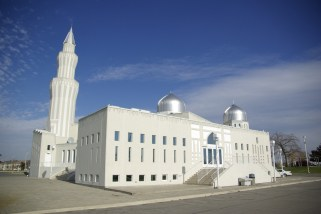 Bai'tul Islam Mosque in Canada